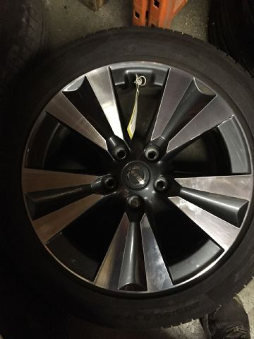 Nissan Pulsar 2015 Alloy Wheel With Tyre 205/50/17